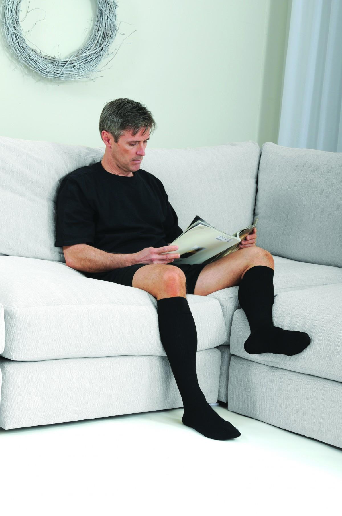 Microfiberline knee high men 39 s compression socks closed for Men a porter