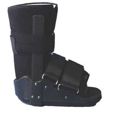 Short Walking Boot