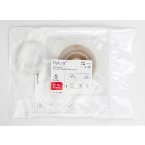 Components of Natura Cut-to-fit Skin Barrier and Drainable Pouch Surgical Post Operative Kits