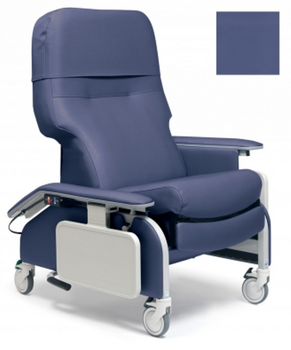 lumex deluxe clinical care recliner by graham field  7d7