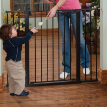 Kidco Tall and Wide Auto Close Gateway Pressure Mount