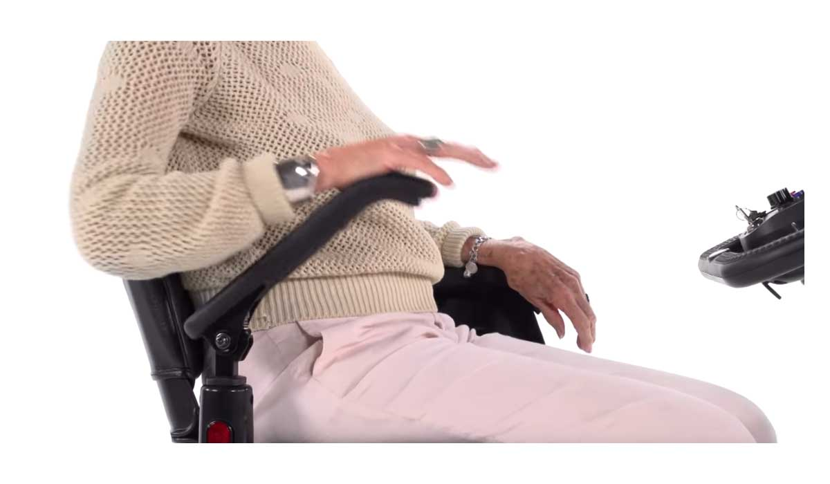 Flip-up Armrest Help You Get In and Out of the Chair